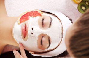 Kuru Cilde Sahip Olanlar İçin 5 Doğal Maske Tavsiyesi