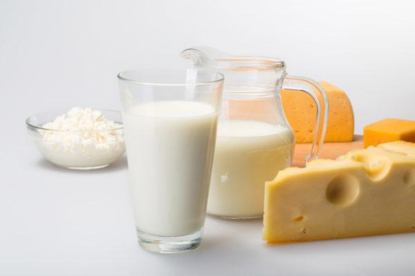 Süt İçmenin 8 Faydası